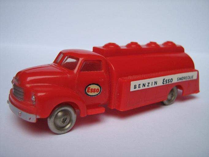 Plastic LEGO car scalemodels