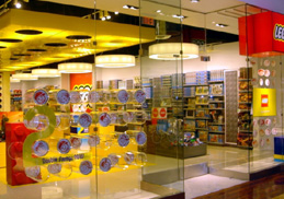 Lego brand stores for Lago store outlet